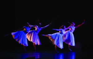 Student-run Spring Dance Concert to show in amphitheater