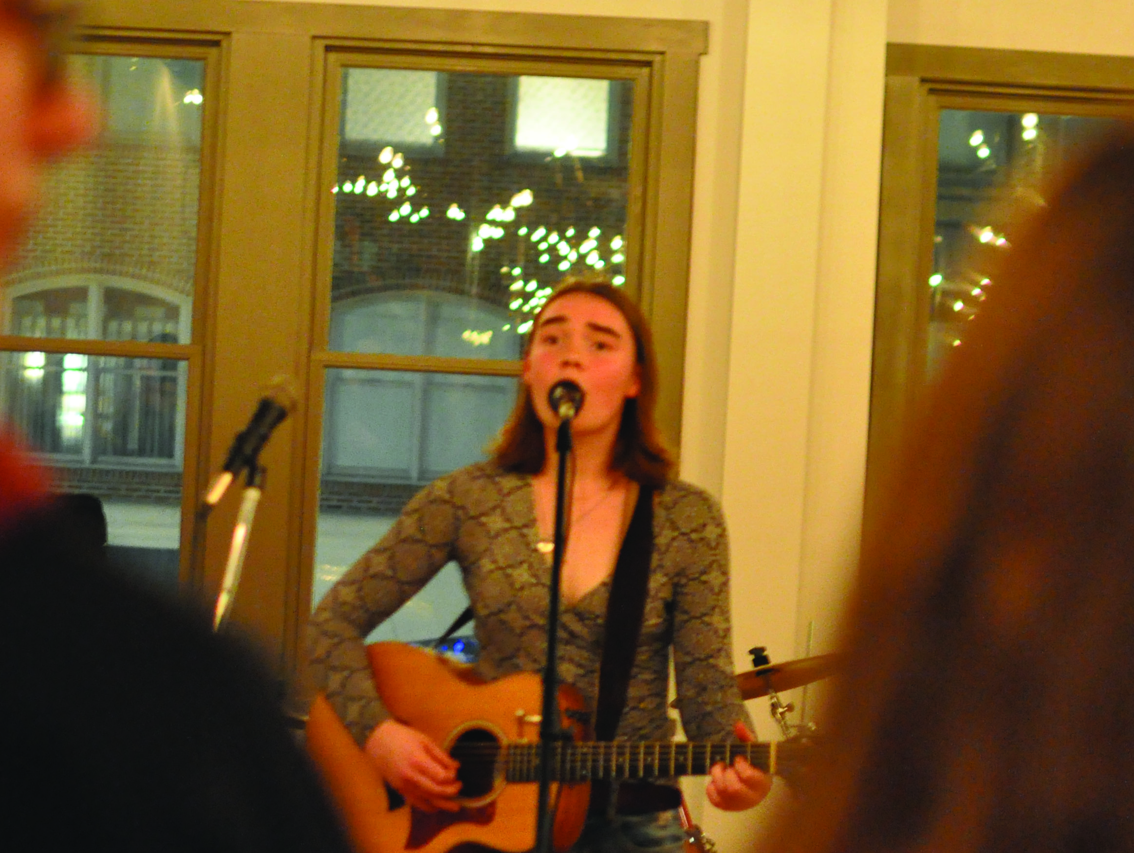 Spoon Market hosts College bands and performers